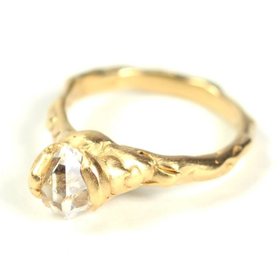 Cave Single Stone Treasure Ring - Click Image to Close